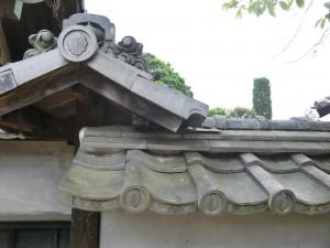 中門袖塀軒瓦