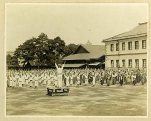 昭和初期の体操の様子