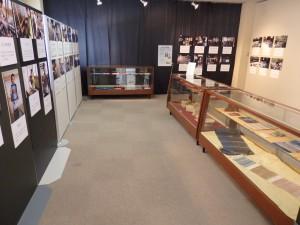 体験講座の作品と写真を展示します