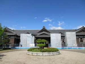 工事中の旧松本区裁判所庁舎(6月2日撮影)