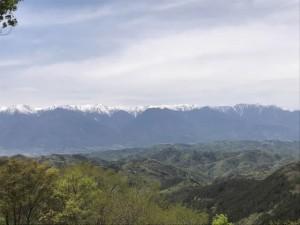 虚空蔵山頂上からの眺め(安曇野方面)