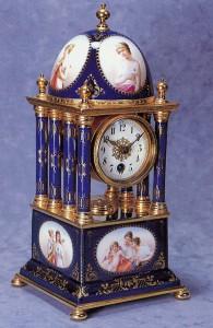 163金彩色絵男女文飾時計