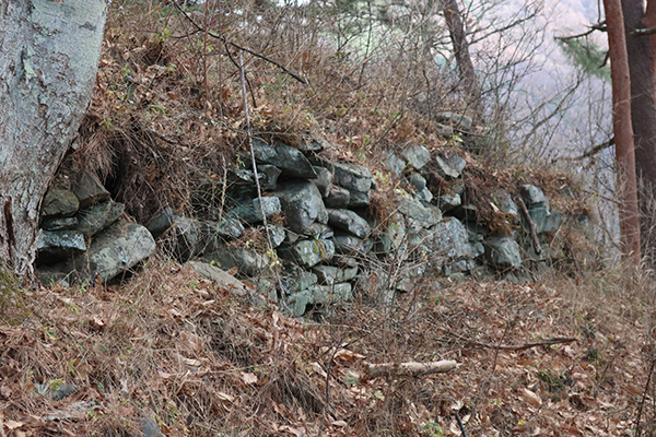 小笠原の城の特徴の石積み